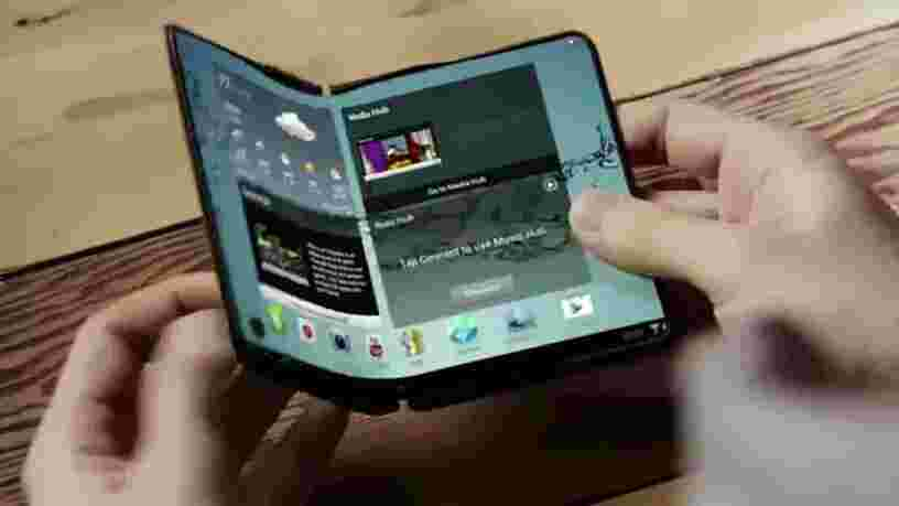 Samsung serait en train de fabriquer un prototype de smartphone pliable avec 2 écrans