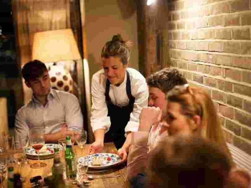 Cette startup a envoyé 600 chefs cuisiner chez des particuliers — un géant de la restauration doit l'aider à devenir le premier traiteur de la planète