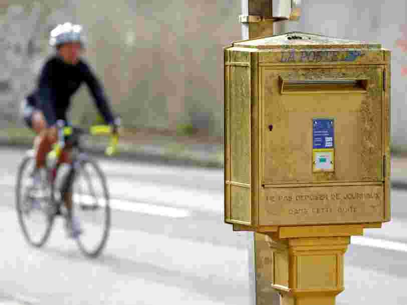 La Poste devient assureur — et c'est une réponse aux nouveaux moyens de communication