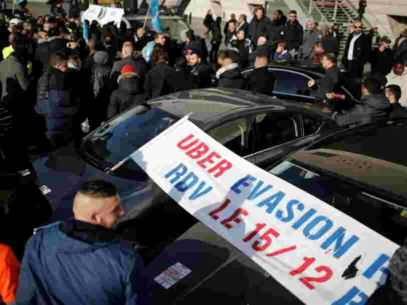 Les chauffeurs de VTC manifestent en France — voici ce qu'ils reprochent à Uber