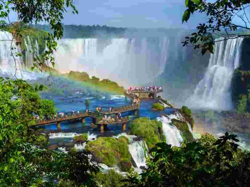 27 cascades et chutes d'eau époustouflantes à voir à travers le monde