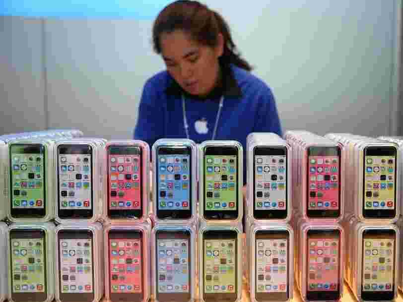 Apple pourrait sortir de nouvelles couleurs pour l'iPhone cette année, dont le rouge, le bleu et l'orange