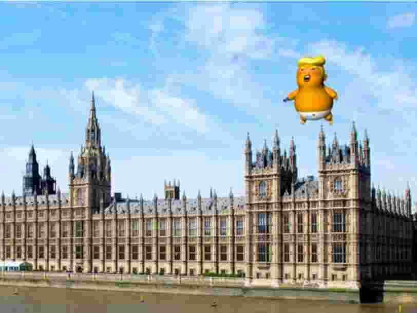 Un ballon de 6 mètres de haut représentant Trump en bébé énervé a été autorisé à flotter au dessus de Londres pendant sa visite diplomatique la semaine prochaine
