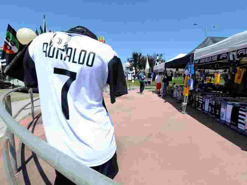 La Juventus a vendu pour 60 M$ de maillots de Ronaldo en 24 heures — et c'est presque la moitié de son indemnité de transfert