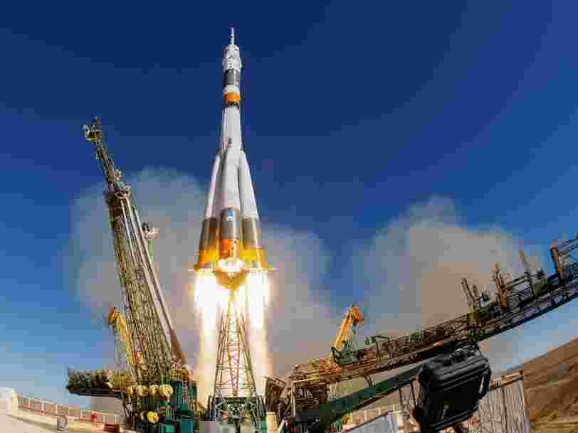 Une fusée russe Soyouz a placé 'avec succès' un satellite météorologique en orbite après l'échec retentissant de son dernier lancement