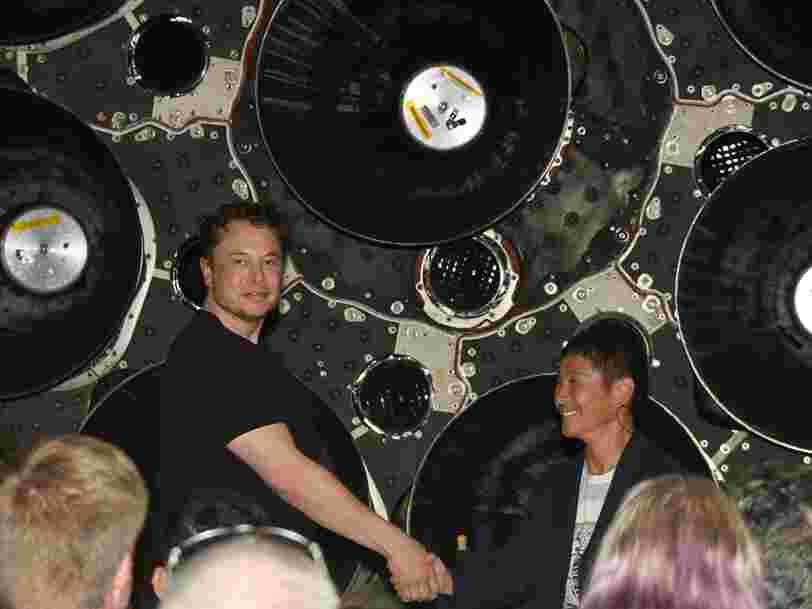 SpaceX a dévoilé l'identité du premier passager privé qui voyagera à bord de son vaisseau spatial géant autour de la Lune