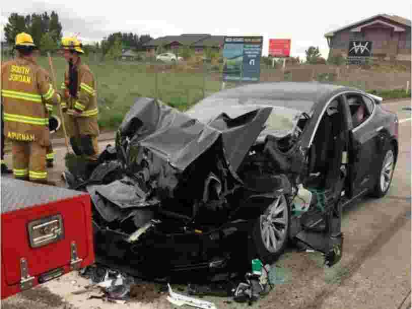 La conductrice de la Tesla Model S qui a percuté un camion de pompiers dans l'Utah affirme que la fonction Autopilot était active au moment de l'accident