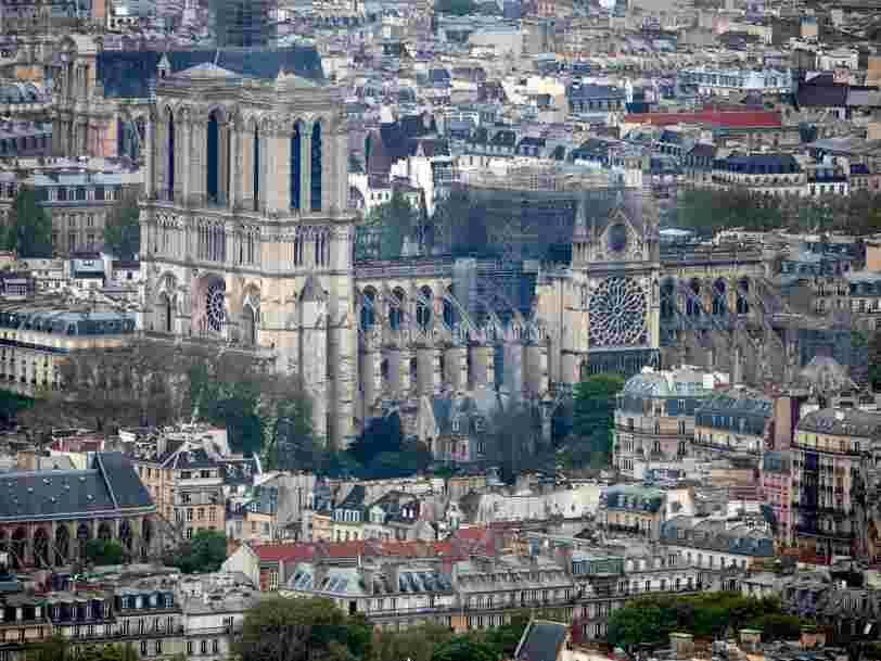 Un site russe publie une impressionnante photo prise par drone des dégâts de Notre-Dame de Paris