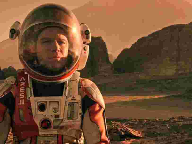 Un ex-scientifique de la NASA dit que le film 'Seul sur Mars' est tout à fait faisable' — mais la ville imaginée par Elon Musk sur Mars, c'est une autre histoire