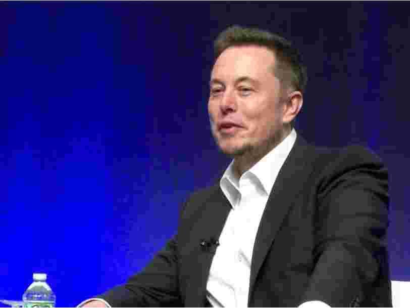 Elon Musk prédit les 3 principaux changements qui bouleverseront l'industrie automobile au cours des 20 prochaines années