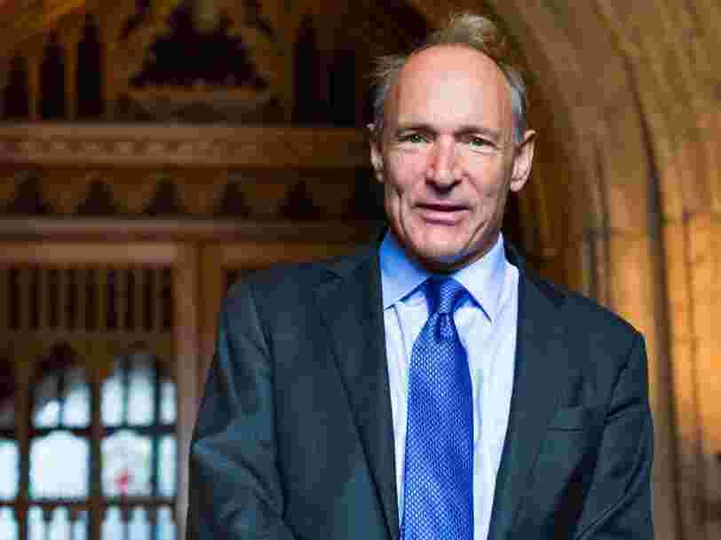 'Le web a desservi l'humanité au lieu de la servir': Tim Berners-Lee était effondré de voir que la Russie a utilisé Facebook pour manipuler l'élection américaine