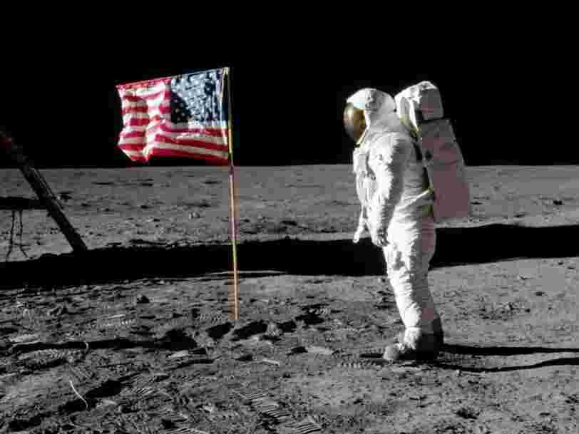 Plantés sur la Lune, les drapeaux des astronautes américains se désintègrent