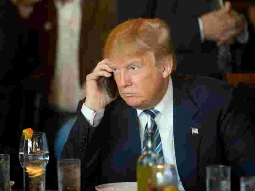 Donald Trump continue d'utiliser son iPhone même après avoir eu confirmation par des agences de renseignement américaines que la Chine et la Russie l'avaient mis sur écoute