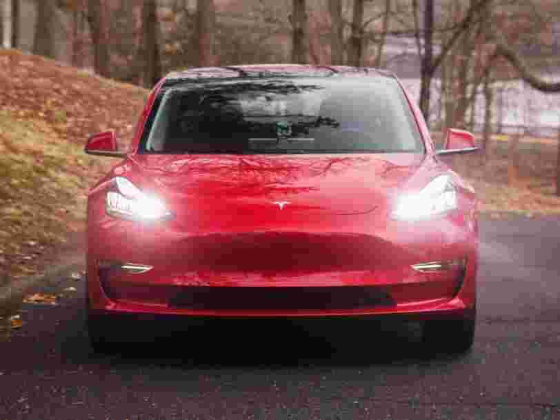 Le responsable de l'ingénierie de Tesla quitte officiellement la société au moment où Elon Musk annonce que l'objectif de production a été atteint