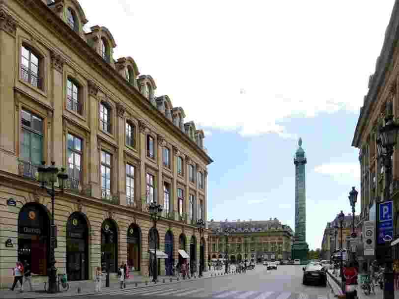 Une banque suisse souligne des 'déséquilibres majeurs' sur le marché immobilier parisien qu'elle estime surévalué