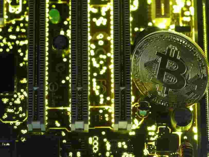 La raison pour laquelle le Bitcoin existe se cache dans les premières lignes de code de sa toute première transaction