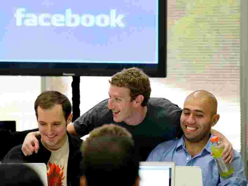 Les employés de Facebook seraient tellement paranoïaques qu'ils achèteraient des téléphones prépayés 'pour parler de la société entre eux'