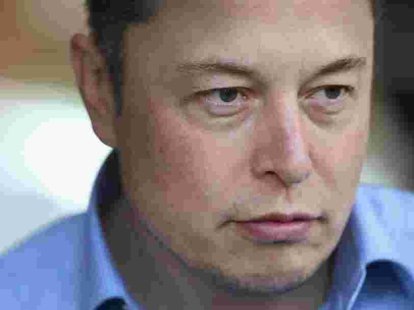 D'anciens employés de l'usine Tesla poursuivent l'entreprise en justice pour 'insulte à caractère raciste'