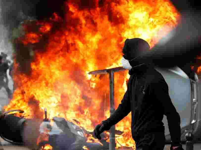 EN IMAGES: Des violences ont éclaté entre des manifestants et la police pendant le défilé du 1er Mai à Paris