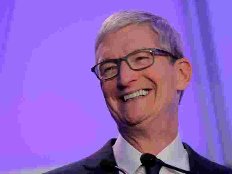 Tim Cook, le patron d'Apple, a critiqué l'algorithme de Facebook devant des étudiants américains