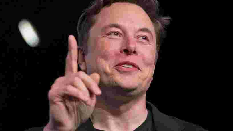 Elon Musk assure qu'il sera 'bientôt' possible de regarder Netflix et YouTube dans une Tesla