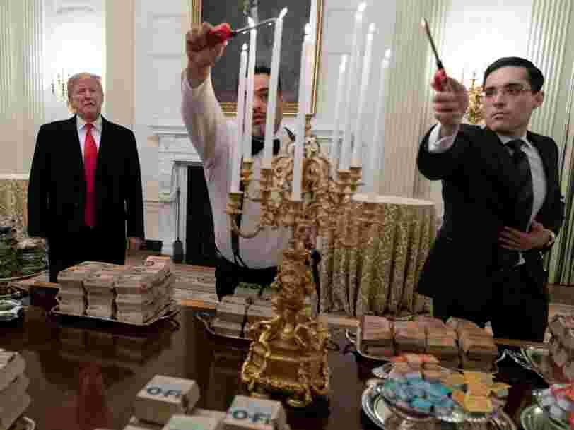 Donald Trump a servi du McDonald's à des champions de football américain en visite à la Maison Blanche — voici d'où vient l'obsession du président américain pour la fast-food