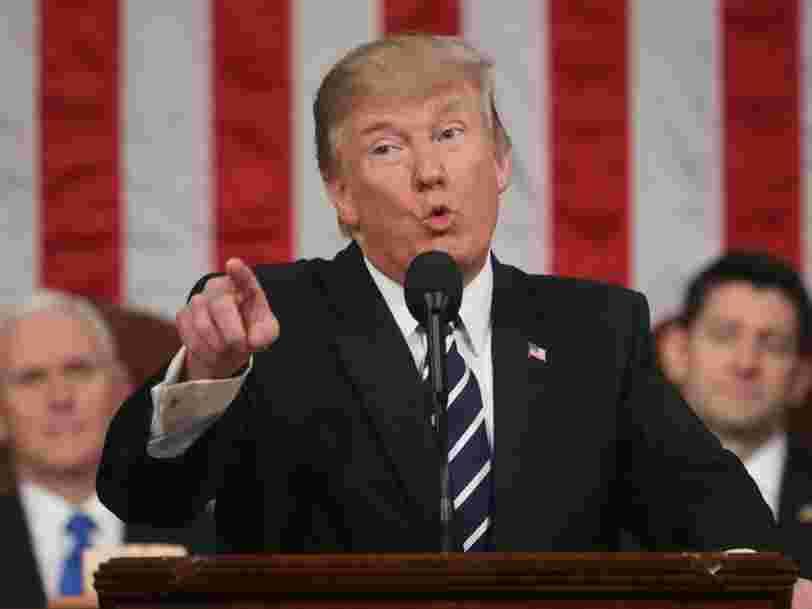 'L'Amérique d'abord' arrive à Washington à l'occasion de la première allocution de Donald Trump au congrès