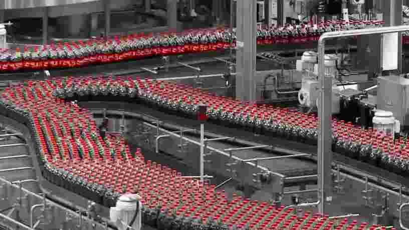 Coca-Cola va supprimer 128 postes en France
