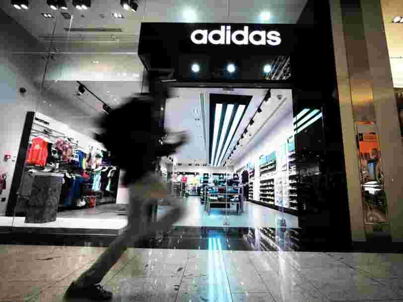 Adidas a une nouvelle usine qu'il lui permet de fabriquer