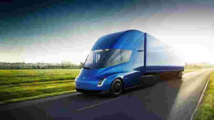 Les prix du Tesla Semi débuteront à 150.000$ et une version avec plus d'autonomie se vendra à 180.000$