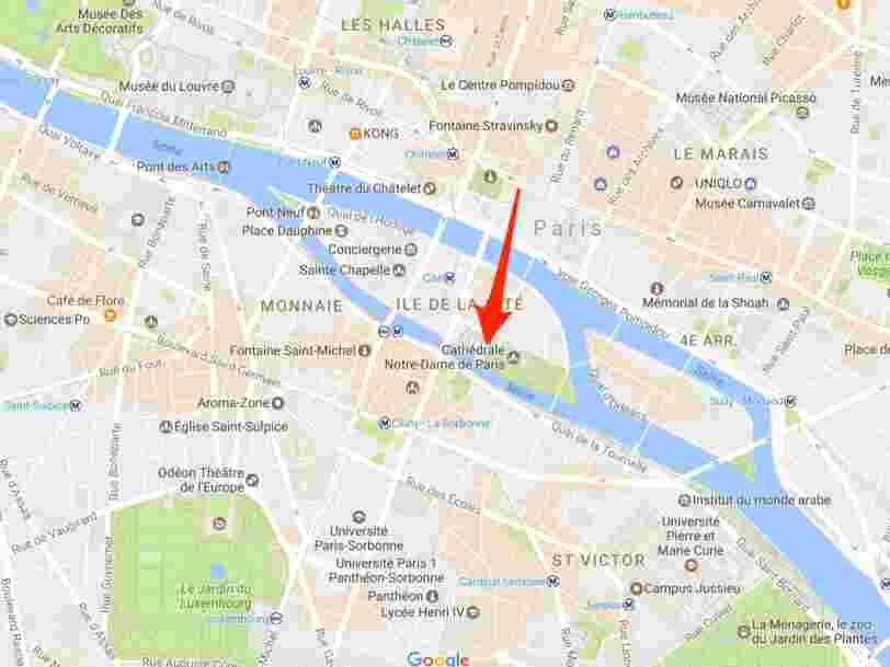 Un policier a été agressé sur le parvis de Notre-Dame à Paris
