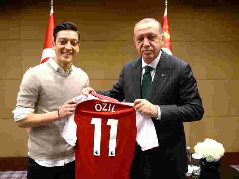 MeTwo: inspirés par Mesut Özil, les internautes allemands partagent sur Twitter leurs expériences de racisme quotidien