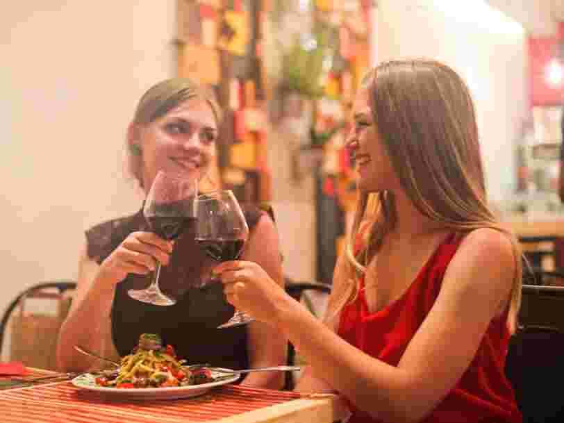 La foire à vins 2018 a débuté et se poursuit jusqu'à mi-octobre — voici les dates par enseigne