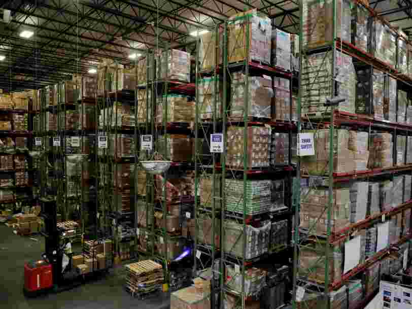 La France envisage une loi pour empêcher Amazon de jeter des millions d'objets neufs tous les ans