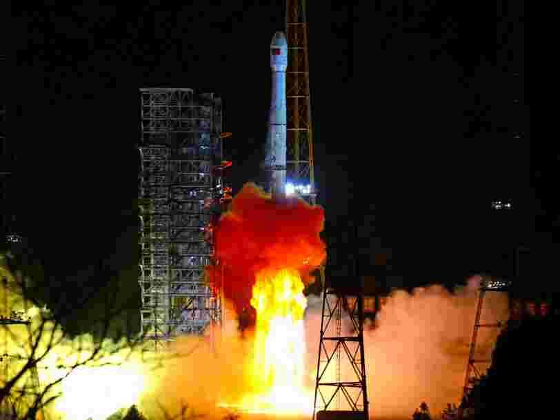 La Chine réussit une première historique en alunissant sur la face cachée de la Lune