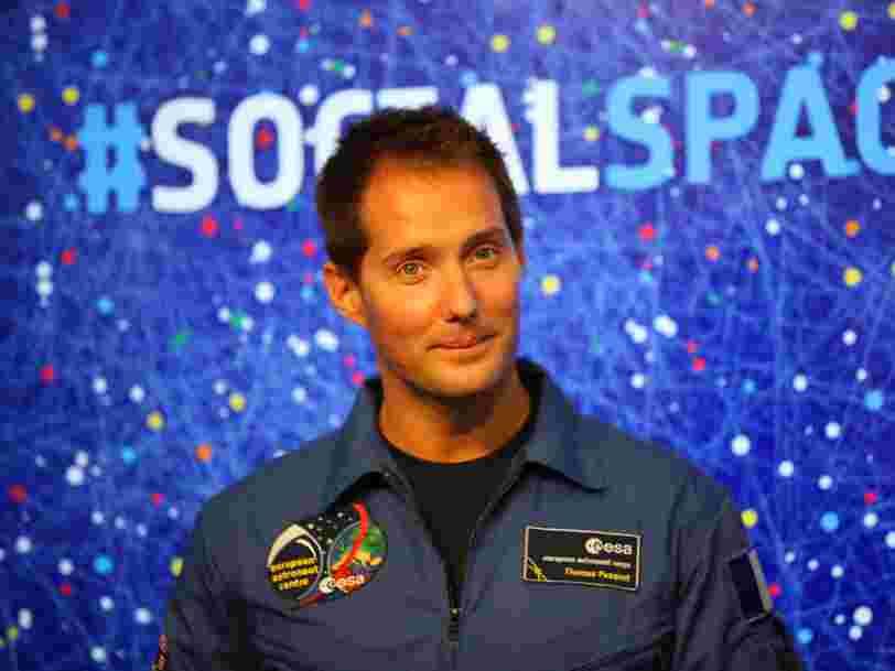 Il y a une raison simple pour laquelle l'astronaute français Thomas Pesquet emporte un volant de badminton dans l'espace