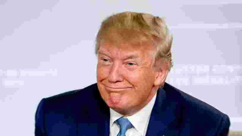 Donald Trump a suggéré d'envoyer des bombes nucléaires pour arrêter les ouragans