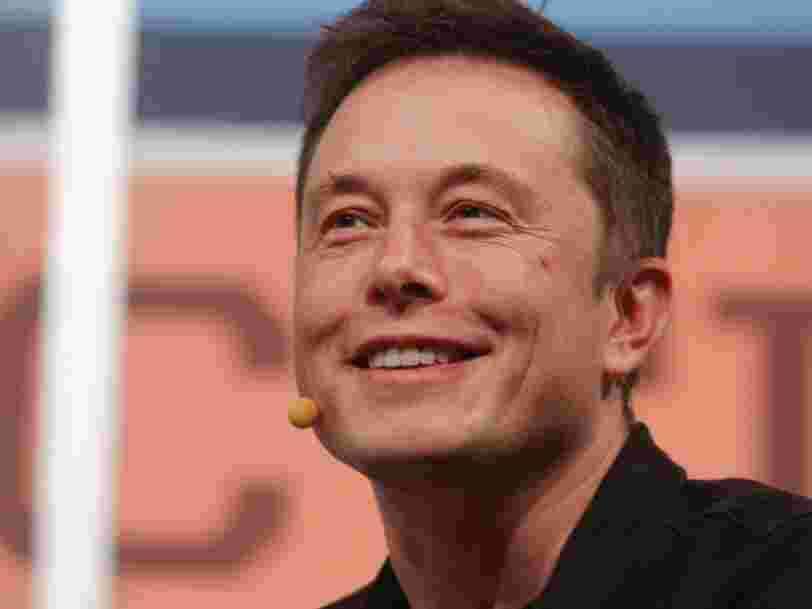 Elon Musk lance le site 'X.com' qu'il a racheté à Paypal récemment