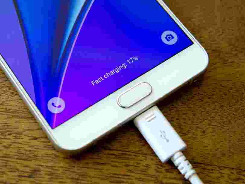Les prochains smartphones pourraient se recharger en quelques minutes grâce à la nouvelle technologie de batterie par Samsung