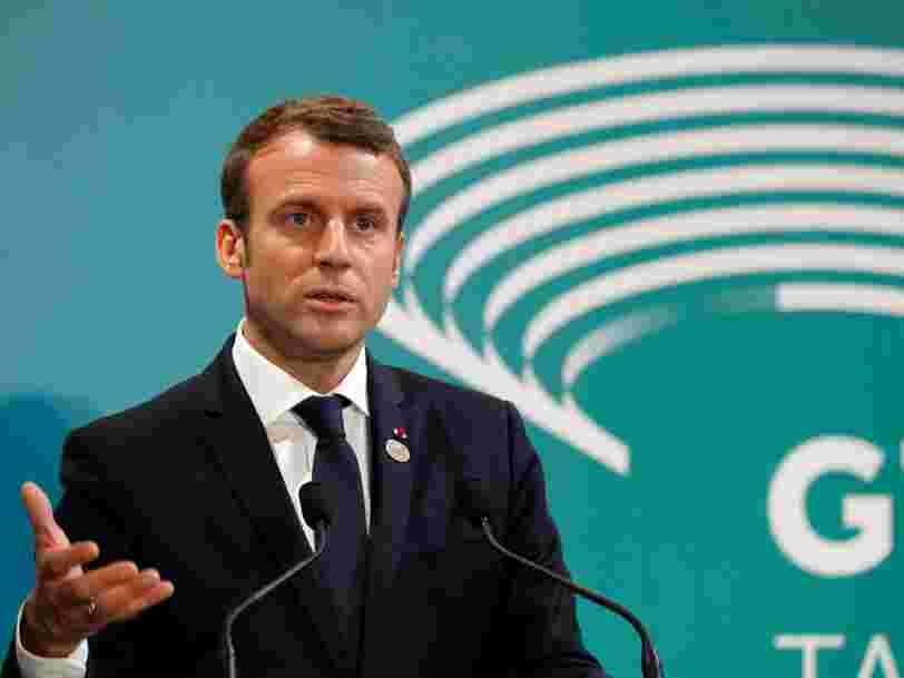 Emmanuel Macron promet un 'dialogue exigeant' pour sa première rencontre avec Vladimir Poutine