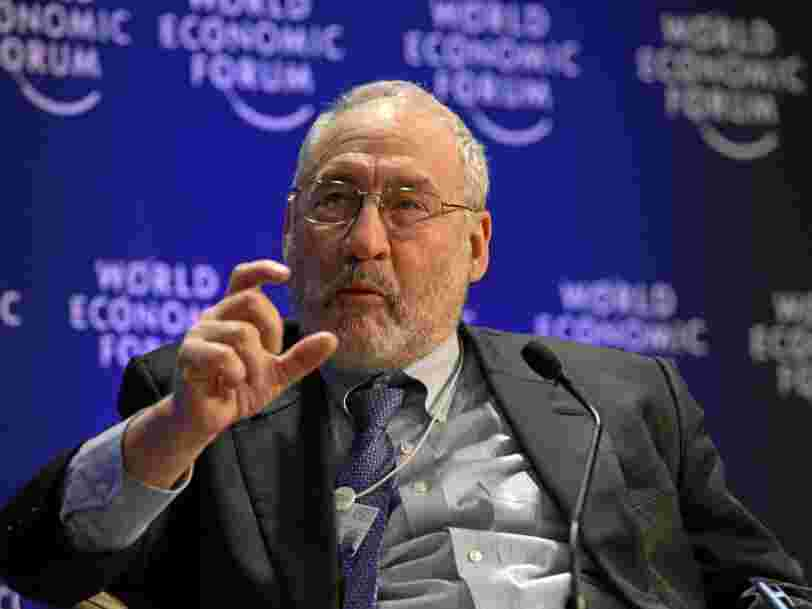 Selon le prix Nobel Joseph Stiglitz, la politique fiscale de Trump n'a qu'un 'effet cosmétique' sur l'économie américaine