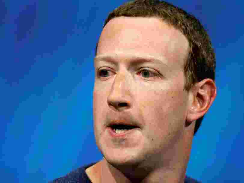 Mark Zuckerberg aurait dit aux cadres de Facebook que l'entreprise était en 'guerre', en qualifiant la couverture médiatique de 'conner...'