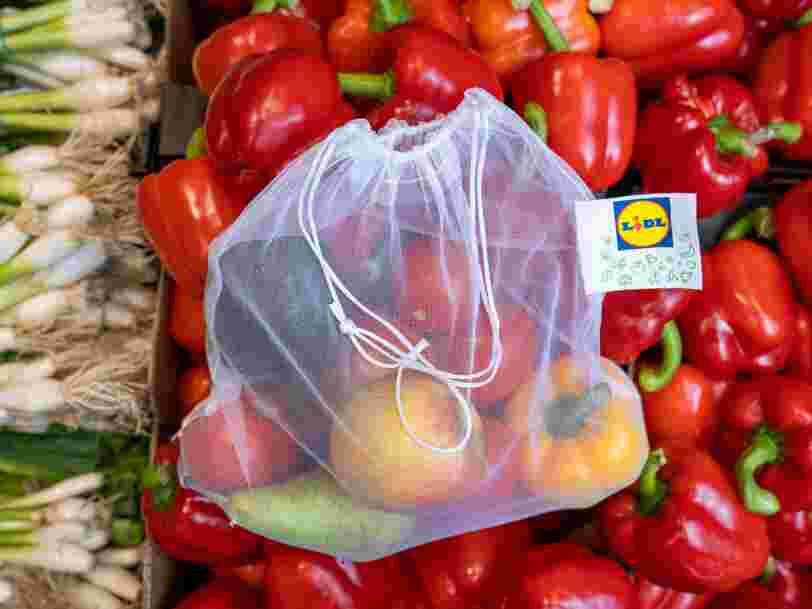 Lidl pourrait bientôt proposer en France des sacs réutilisables pour les fruits et légumes