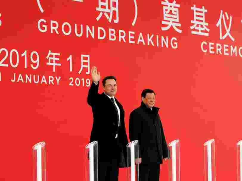 Elon Musk est en Chine pour la construction d'une usine Tesla à 2 Mds$ 'en un temps record' — elle servira à vendre la Model 3 sans subir la guerre commerciale