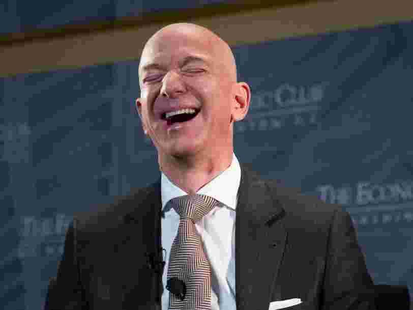 Amazon vient de devenir l'entreprise la plus chère du monde et met fin au règne de Microsoft après 5 semaines