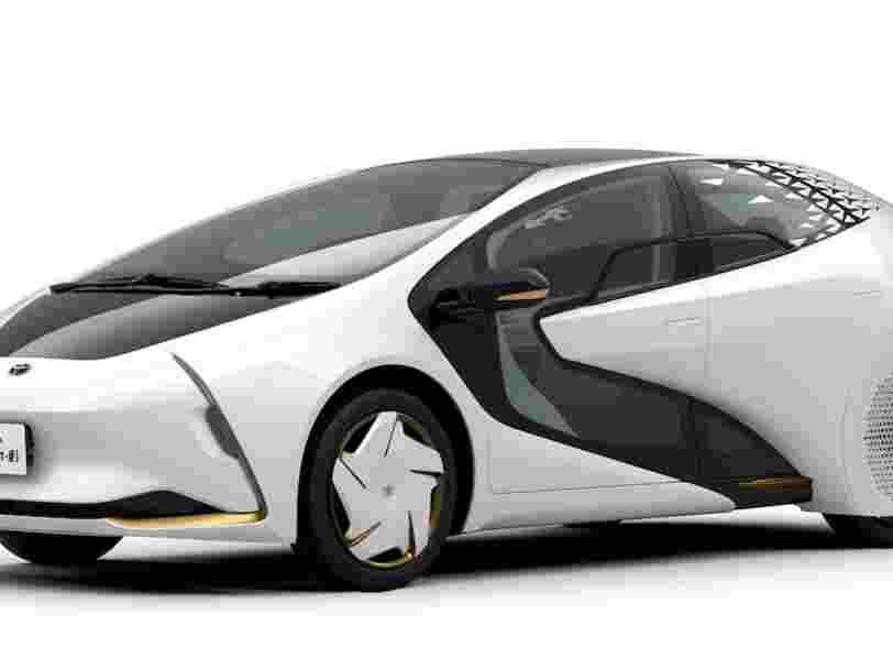 Cette voiture électrique Toyota portera la flamme olympique lors des JO 2020 à Tokyo