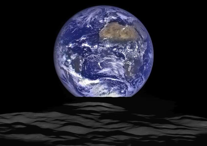 1. La France vue de la Lune