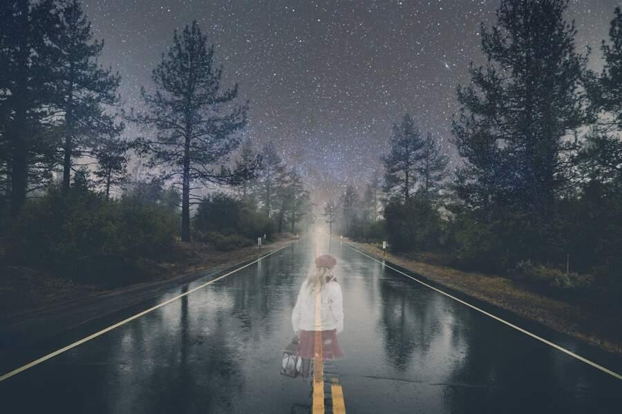 L'auto-stoppeuse fantôme