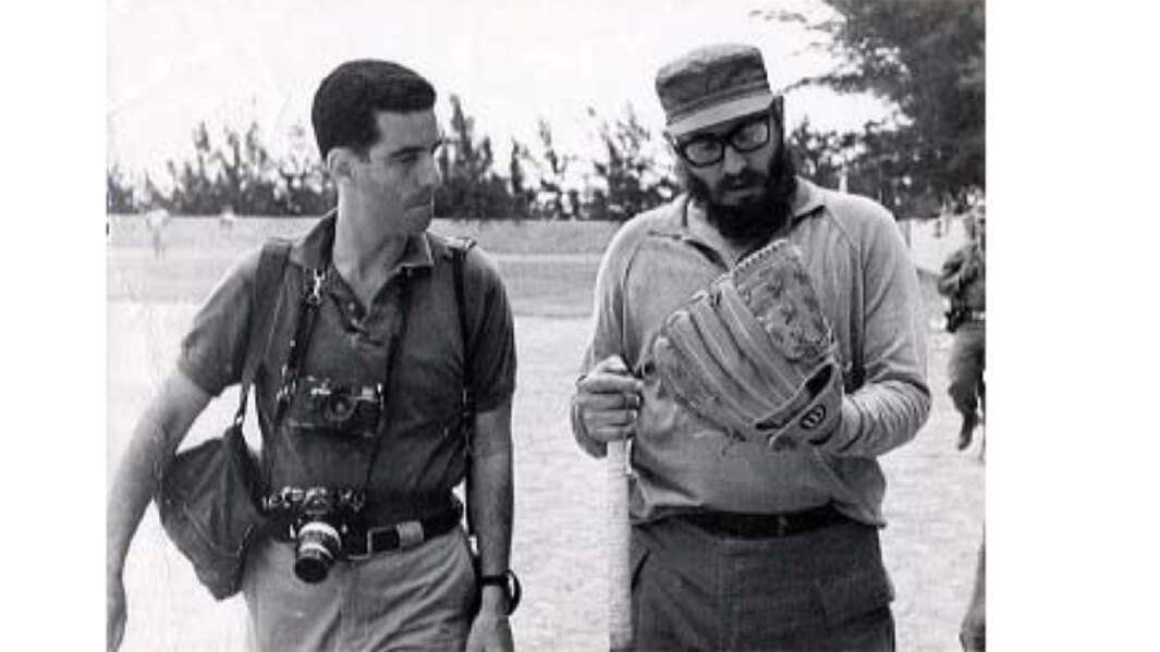 Lockwood et Castro sur le terrain de baseball, en 1964