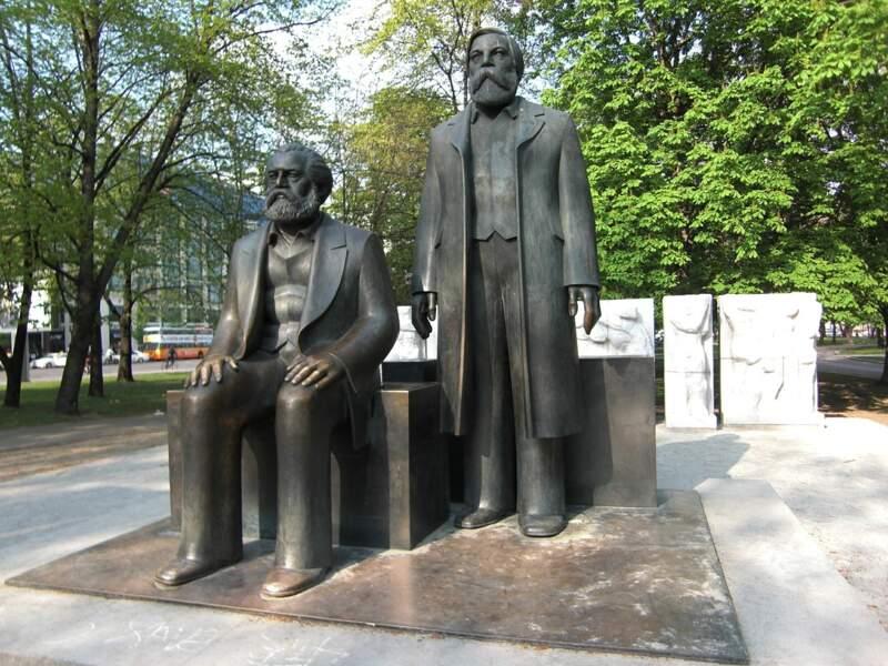 Son amitié avec Friedrich Engels est en acier trempé